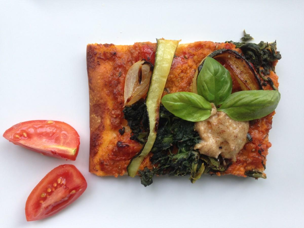 Pizza mit Grillgemüse (vegan)