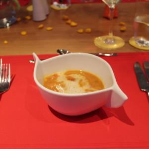 Rote Kokos-Linsen-Suppe