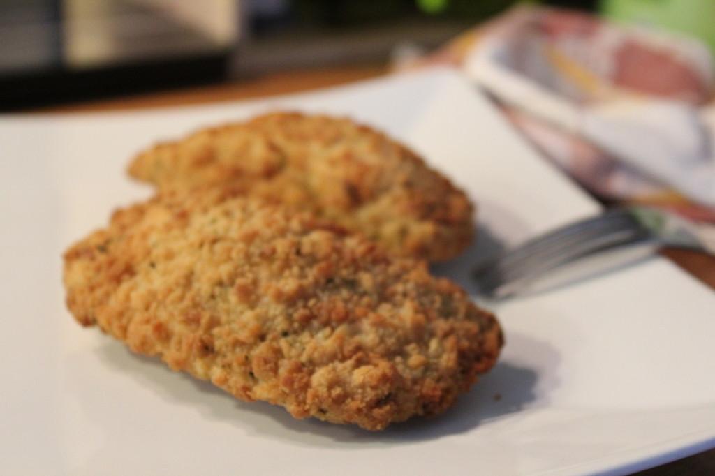 Es muss nicht immer die fettige Pfanne sein. Auch im Backofen werden die Milchschnitzel schön knusprig.