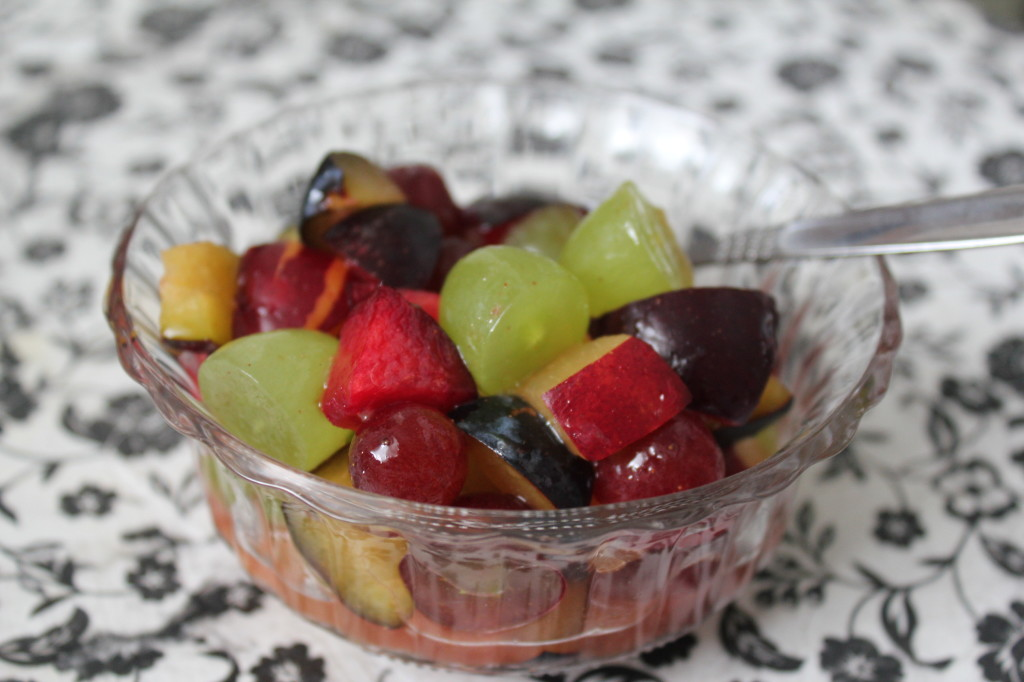 Natürlich schmeckt der Obstsalat auch pur super.