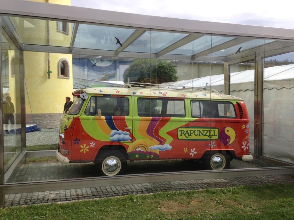 Rapunzel-Firmenbus