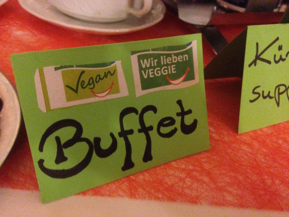 """""""Pfeffermühle"""" in Günzburg – Vegan-Buffet an jedem 1. und 3. Freitag im Monat"""