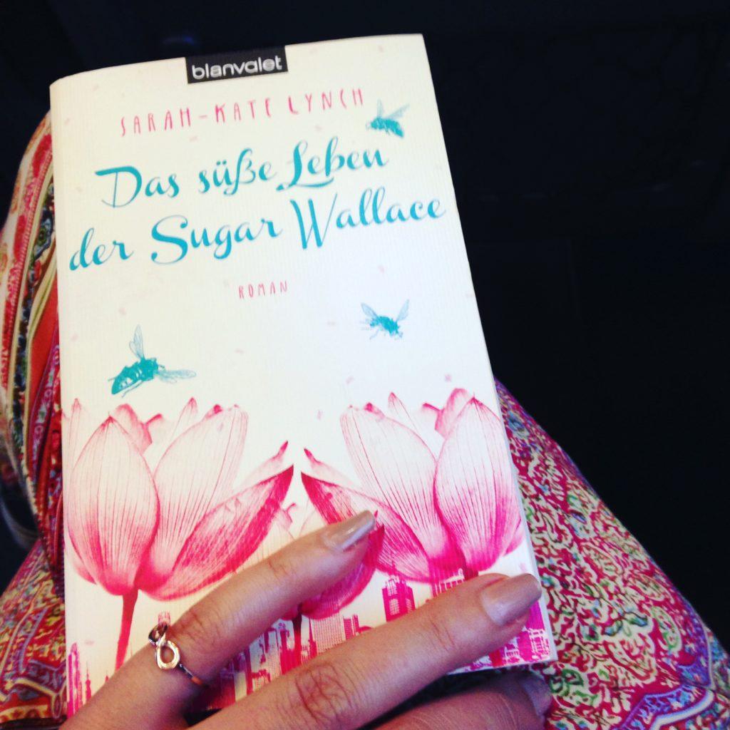 """""""Das süße Leben der Sugar Wallace"""" von Sarah-Kate Lynch"""