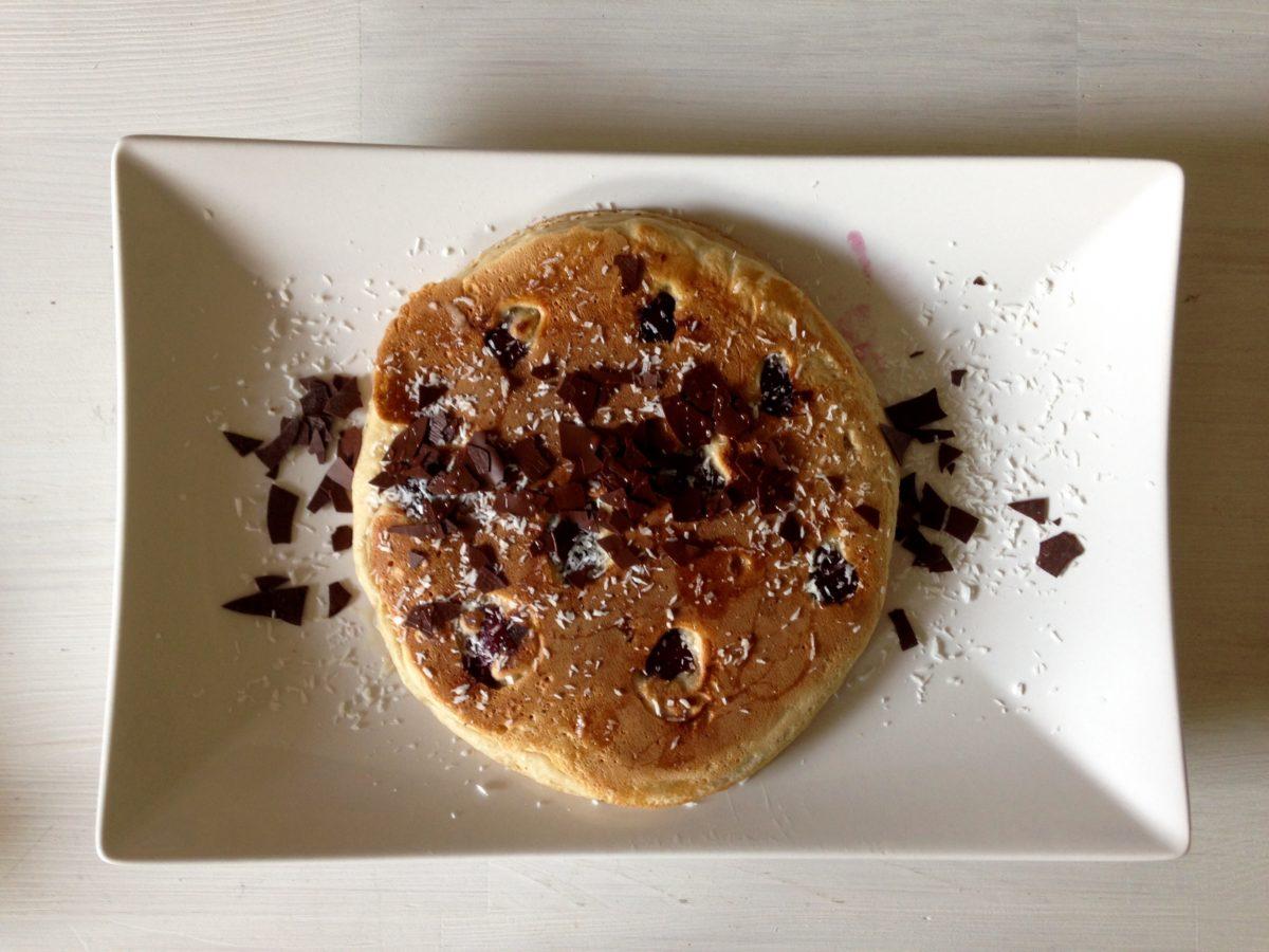 Frühstücks-Rezept: Pancakes mit Kirschen