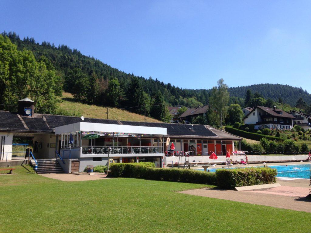 Das Freibad in Alpirsbach