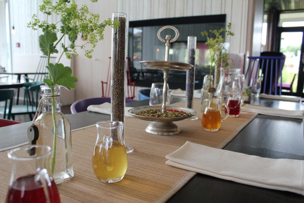"""""""Bio-Gasthaus Leibspeis"""" - allein optisch ist das Restaurant schon ein kleines Highlight auf dem SONNENTOR-Gelände in Österreich."""