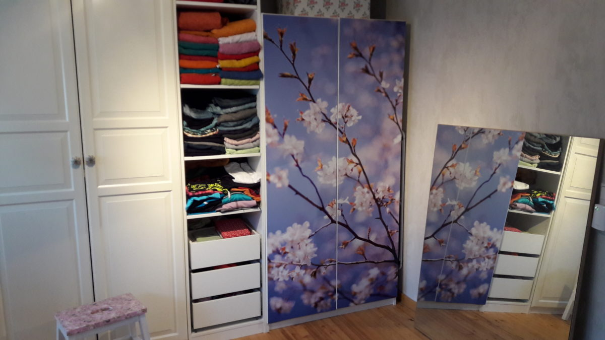 Interior-Update aus dem Ankleidezimmer: Apfelblüten im Herbst (mit Gewinnspiel)