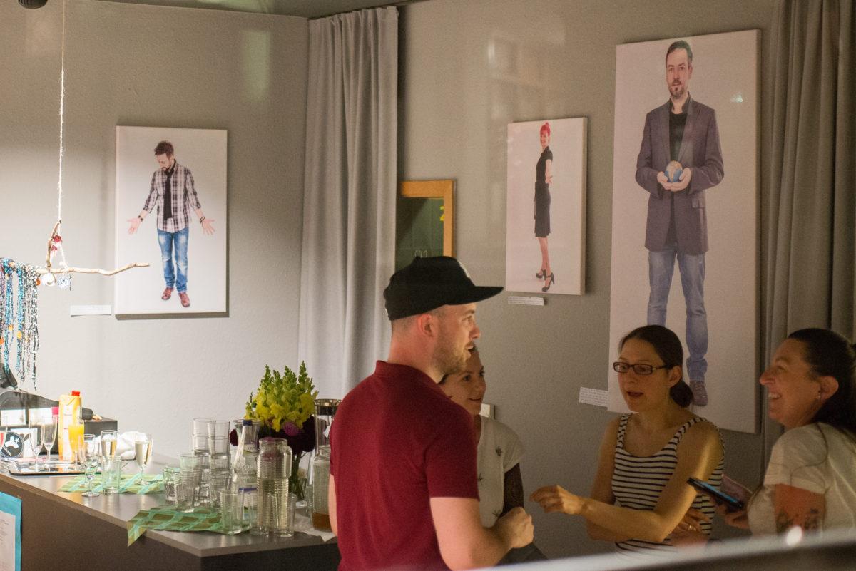 """Vernissage und Ausstellung des Fotoprojekts """"Ulm is(s)t vegan!"""""""