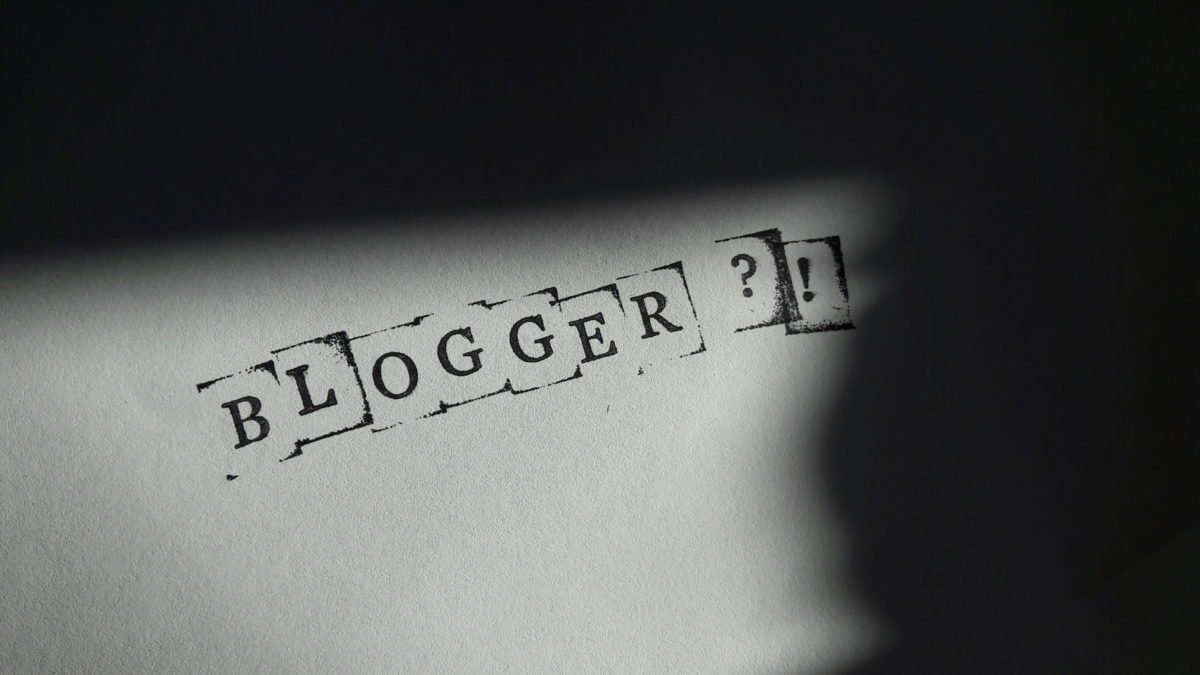"""Doing that Blogger Thing"" – Genervt von der Bloggerwelt"
