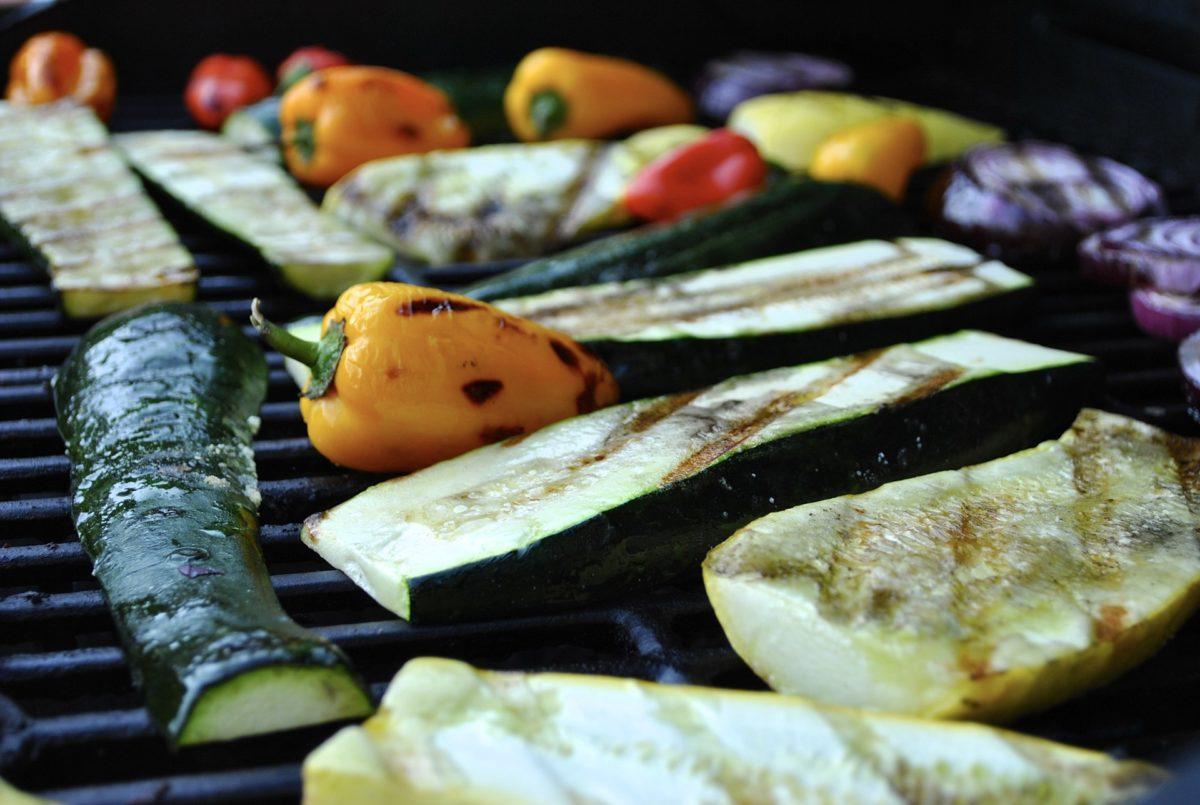 POCKET Kolumne Juli: Vegan Grillen inkl. Rezept für Pizza vom Grill