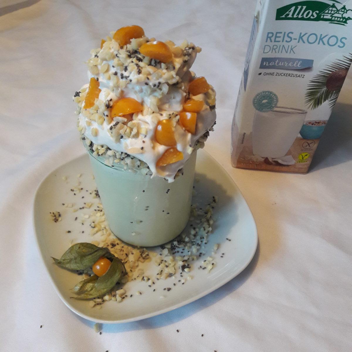 Rezept: Sommerlicher Fruchtshake aka FREAKSHAKE mit Reis-Kokos-Drink von Allos